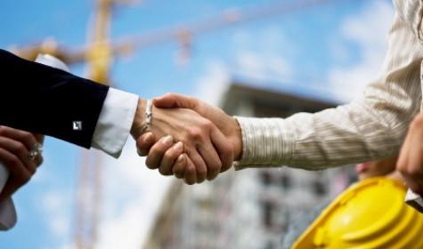 Что же выбрать – строительные фирмы, или бригады рабочих?