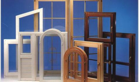 И сегодня деревянные окна и двери не теряют своей актуальности