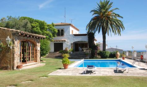 Испания ждет вас: берем кредит на отдых
