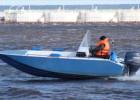 Внимательно выбираем лодку