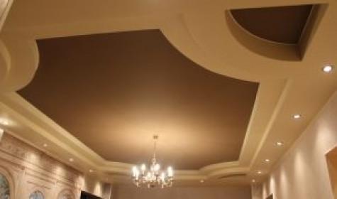 Достоинства и недостатки подвесных потолков