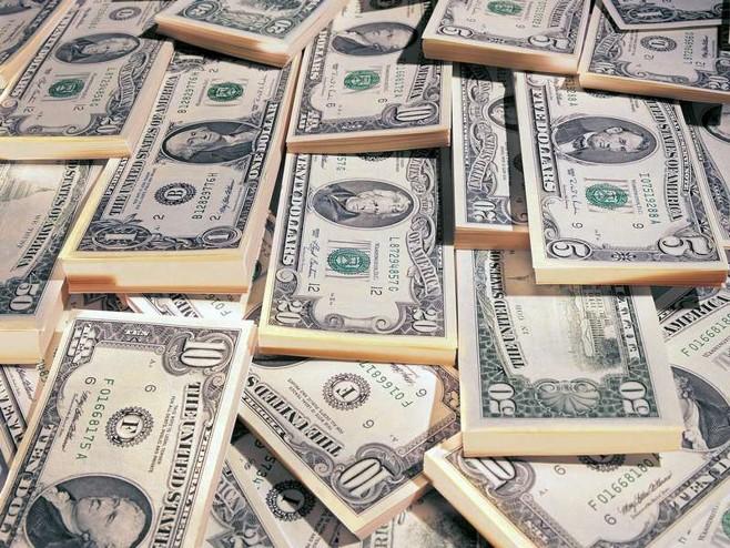 Очередной рекорд по денежным переводам в Молдову